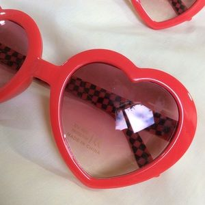 Vintage Accessories - HOLD Red Heart Lolita Sunglasses UV Protection